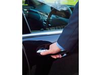 Cape Town Limo (4) - Car Rentals