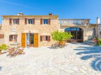 Mallorca Yachts & Property (2) - Estate Agents
