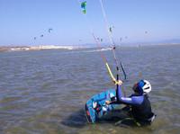 Graykite Tarifa Kitesurfing School (2) - Water Sports, Diving & Scuba