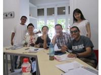 Paraninfo | École d'Espagnol (7) - Ecoles de langues