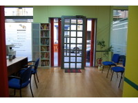 Ailola Madrid Spanish School (1) - Language schools