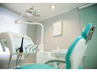 Cisne Dental Clinic (5) - Dentists