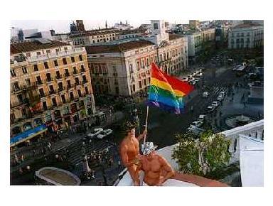 Gay Hotel Hostal Puerta del Sol - Hotels & Hostels