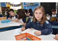 Laude Lady Elizabeth School (5) - International schools