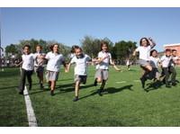 Laude Lady Elizabeth School (7) - International schools