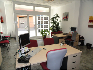 ACO Inmobiliaria Monserrat - Makelaars