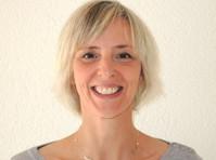 Joanne Rollier, Yoga and meditation (1) - Alternativní léčba