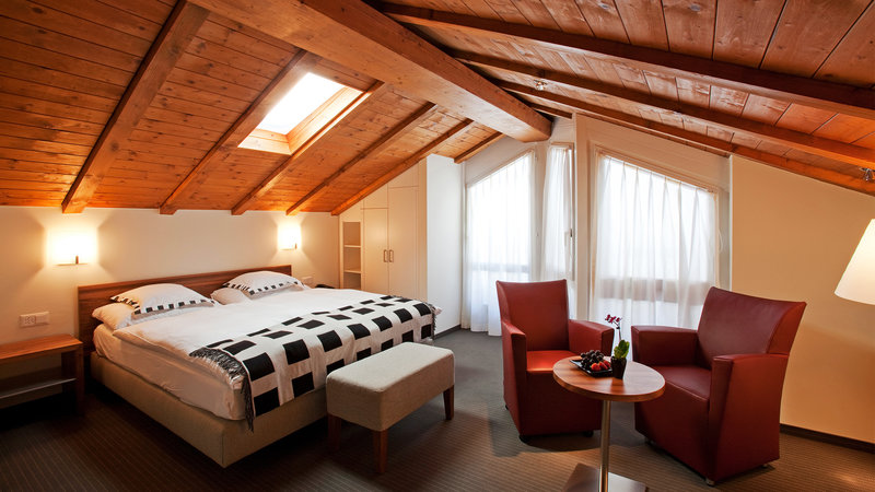 Hotel allalin saas fee hotels hostels in switzerland for Design hotel tessin