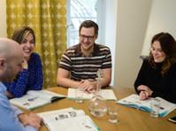 VOX-Sprachschule (3) - Adult education