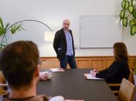 VOX-Sprachschule (4) - Adult education