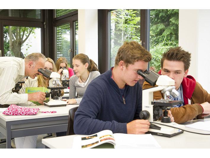Freies Gymnasium Zürich - International schools