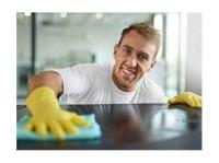 Gebäudereinigung Buero-reinigung.ch (1) - Cleaners & Cleaning services