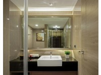 Grand Swiss Sukhumvit 11 Hotel (3) - Hotels & Hostels
