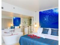 Citrus Parc Pattaya Hotel (2) - Hotels & Hostels