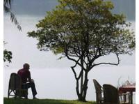 Rweteera Safari Park (1) - Travel Agencies