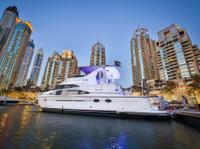 Boat Tour Dubai-yacht rental Dubai (3) - Yachts & Sailing