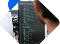 Reviei Technologies (6) - Webdesign