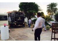 Outside Catering in Dubai (6) - Food & Drink