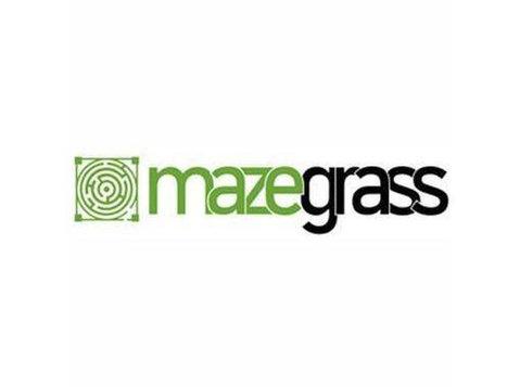 Maze Grass| Artificial Grass in Dubai - Gardeners & Landscaping