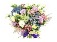 Flowers Battersea (1) - Gifts & Flowers