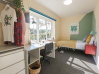 Big Student House - Brighton Student Accommodation (5) - Accommodation services