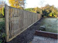 SFR Fencing (2) - Home & Garden Services