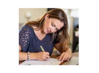 Cornish Marketing Consultancy (3) - Marketing & PR