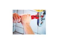 Trowbridge Plumbers (4) - Plumbers & Heating