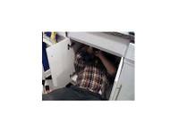 Trowbridge Plumbers (5) - Plumbers & Heating