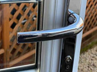 Locks and Glass - Security services