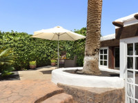 Pure Luxury Villas Lanzarote (2) - Accommodation services