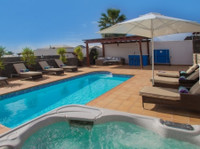 Pure Luxury Villas Lanzarote (3) - Accommodation services