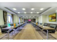 Mercure Milton Keynes Hotel (3) - Hotels & Hostels