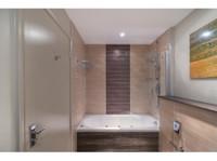 Mercure Milton Keynes Hotel (7) - Hotels & Hostels
