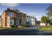South Lodge Care Home (2) - Hospitals & Clinics