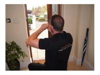 Keytek Locksmiths Watford (2) - Security services