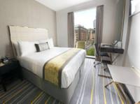 Dorsett Shepherds Bush, London (2) - Hotels & Hostels
