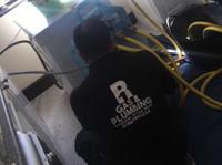 R1 Gas & Plumbing (1) - Plumbers & Heating