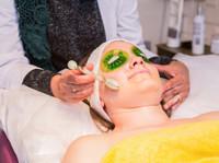 Dandelion Wellness Centre (2) - Acupuncture