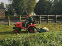 Clover Landscapes (1) - Gardeners & Landscaping