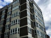 Bespoke Wooden Windows* Probuild Resources Ltd (3) - Ferestre, Uşi şi Conservatoare