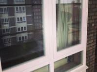 Bespoke Wooden Windows* Probuild Resources Ltd (4) - Ferestre, Uşi şi Conservatoare