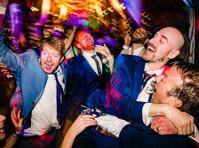 Jonny Barratt Wedding Photography (4) - Photographers