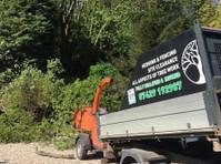 Akarb Tree Surgeons (1) - Gardeners & Landscaping