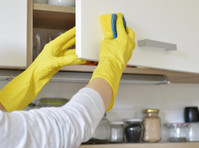 Mary's Cleaning Services (1) - Cleaners & Cleaning services