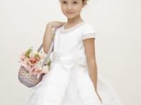 Bianca Miele (5) - Clothes
