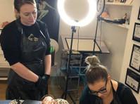 Diamond Training Academy (3) - Wellness & Beauty