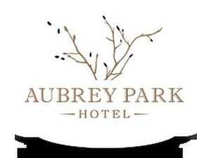 Aubrey Park Hotel - Hotels & Hostels
