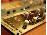 Red Mastering Studio (1) - Live Music