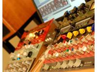 Red Mastering Studio (6) - Live Music